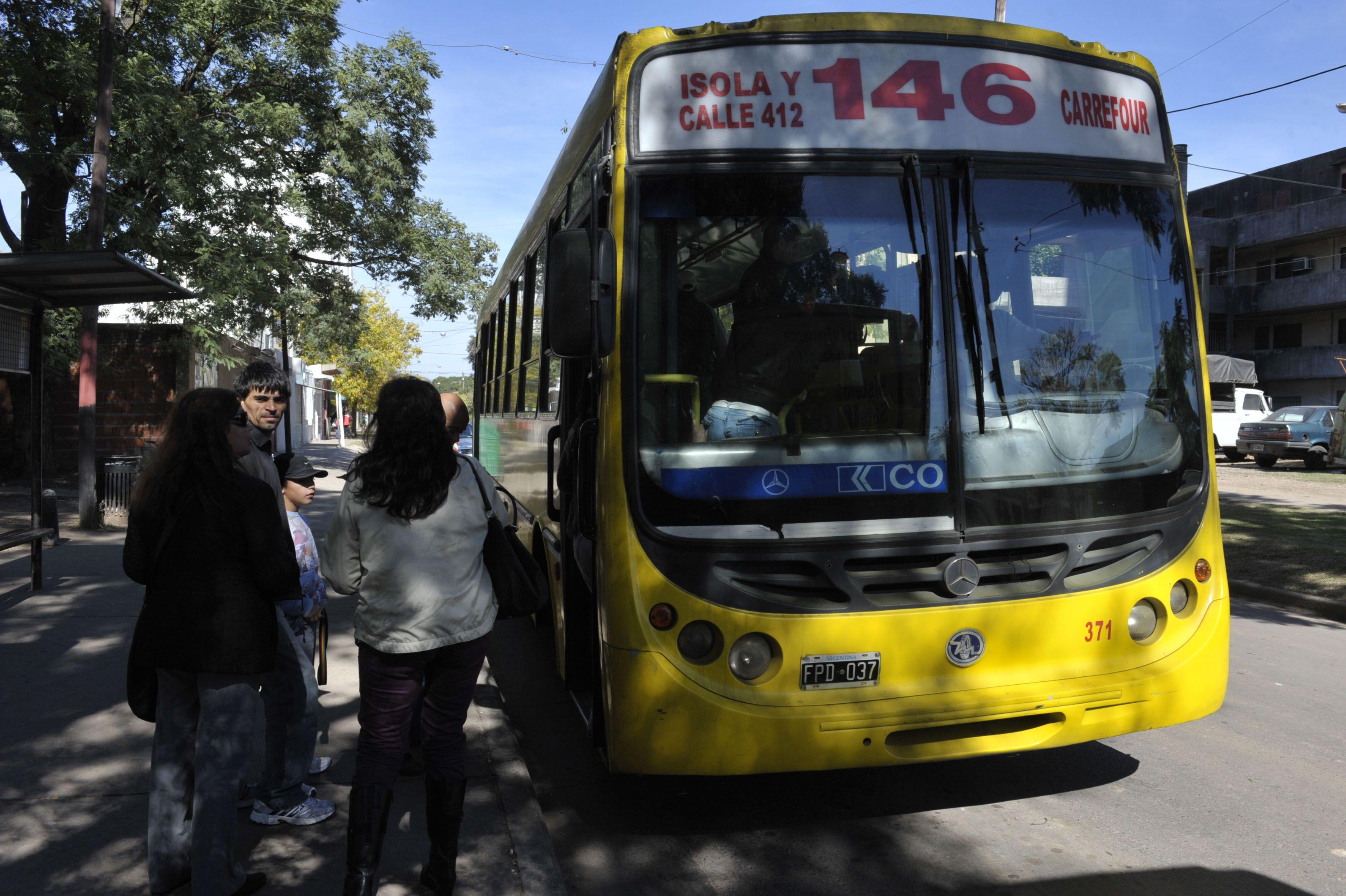 El asalto a la unidad de la línea 146 se produjo en la zona sur de Rosario. (Foto de archivo)