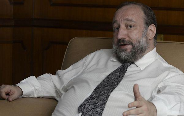 despedida. El rector de la UNR se despide de la conducción del CIN en un plenario que sesionará en el hotel Plaza Real.
