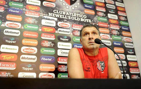 Apesadumbrado. Martino admitió que los hechos del domingo lo avergonzaron como a todos los amantes del fútbol.
