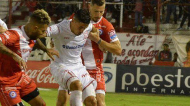 El partido correspondiente a la cuarta fecha se juega en el estadio Tomás Adolfo Ducó.