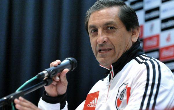 Pasarella admitió que le van a prolongar el contrato al Pelado Díaz.
