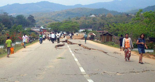 Llegan a 75 los muertos por un terremoto en Myanmar y Tailandia