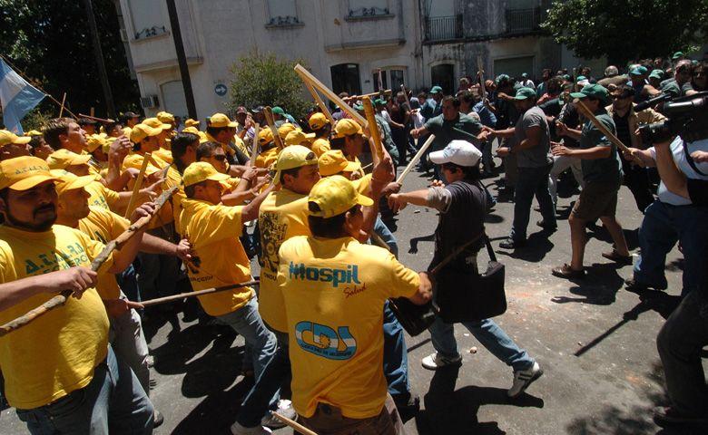 Un muerto y varios heridos tras violentos incidentes por una feroz disputa sindical en San Luis e Iriondo