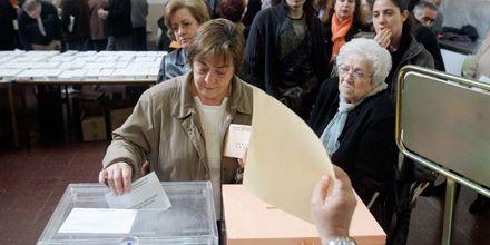 Elecciones en España: la participación electoral bajó dos puntos respecto a 2004