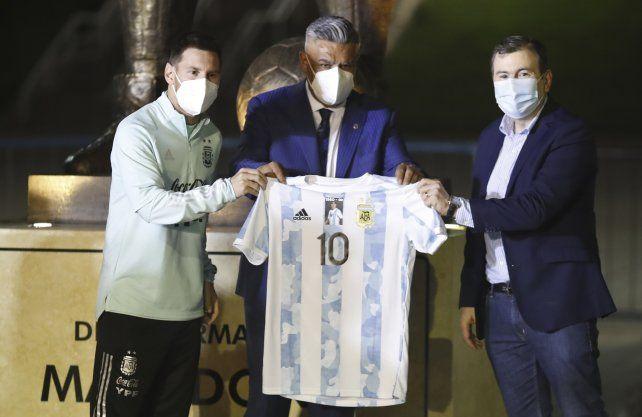 La AFA garantizó la participación de Argentina en la Copa América de Brasil