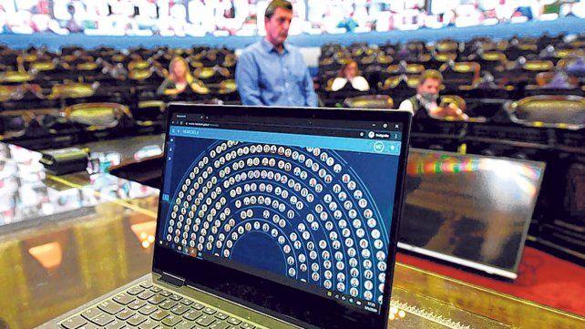 Seguí en vivo: Diputados analiza regulaciones y responsabilidades de plataformas digitales