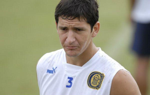Speciale aseguró que tiene acordado de palabra el pase del zaguero Nicolás Burdisso a Boca.