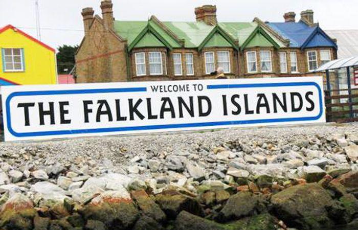 Varada en las Malvinas desde hace una semana, destacó la hospitalidad de los isleños