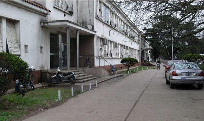 Los custodios fueron asistidos en la guardia del Hospital Eva Perón.