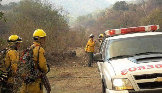 Los bomberos cordobeses extinguieron dos focos