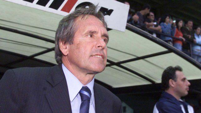 Carlos Aimar fue durante 17 años el director técnico de diferentes equipos argentinos y españoles, entre ellos Rosario Central.