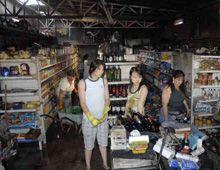 Villa Gobernador Gálvez: pérdidas totales al incendiarse un supermercado chino