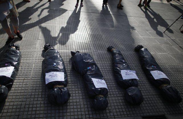 Ásperos cruces luego de la protesta opositora frente a la Casa Rosada