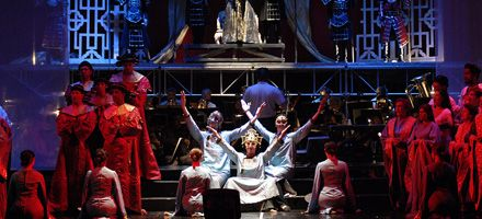 La ópera Turandot sube a escena con una puesta pura cepa rosarina