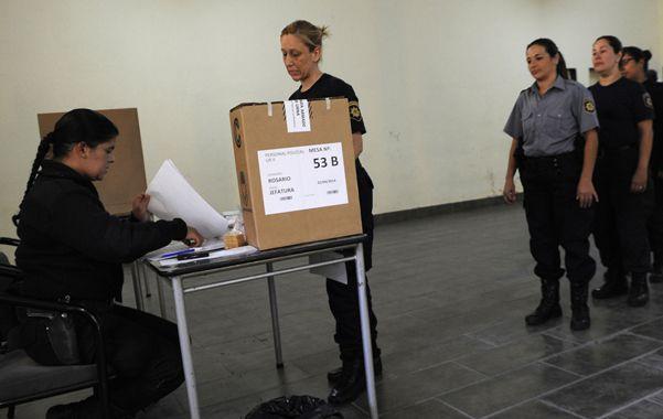 El debut. Los policías eligieron por primera vez a sus representantes en la comisión de Salud y Seguridad.