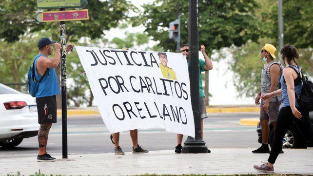 Una de las tantas marchas pidiendo justicia por Carlos Bocacha Orellano.