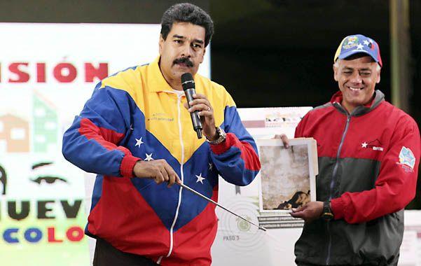 La prueba.  Maduro convocó a la prensa para mostrar la presunta imagen del fallecido Hugo Chávez.