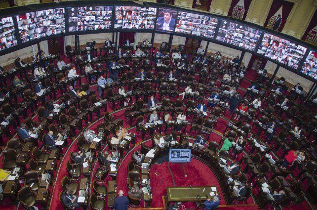 El proyecto de aporte solidario levantó temperatura en el Congreso.