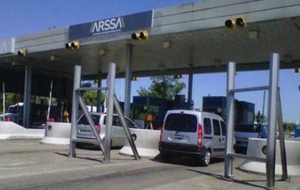 A partir del lunes, viajar de Rosario a Santa Fe será un 40 por ciento más caro