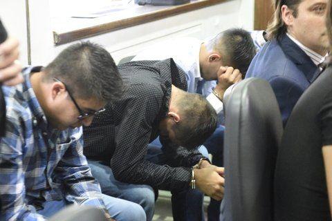 cabizbajos. Los agentes de la Policía de Acción Táctica acusados por la muerte de Jonatan Herrera.