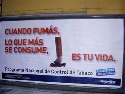 La restricción de humo en los bares ayudó. Sin embargo