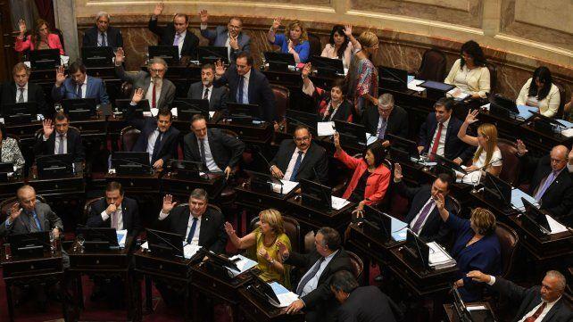 Los senadores aprobaron esta madrugada el proyecto del Poder ejecutivo.