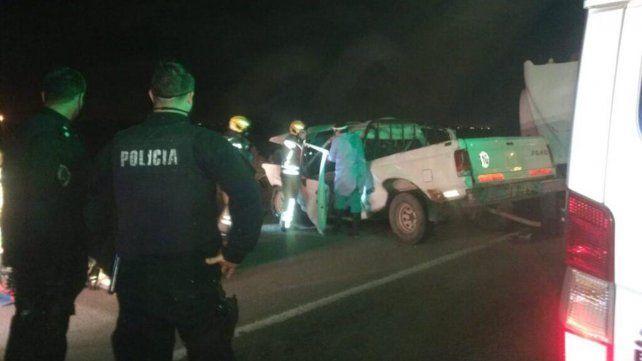 Murió tras chocar con su camioneta contra un camión cisterna en Roldán
