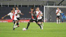Con apenas 18 años, Facundo Farías viene demostrando sus notables condiciones que lo perfilan como un futbolista distinto y que parece no tener techo.