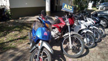 Parte de las motos secuestradas en el corralón