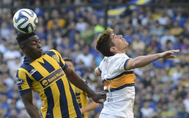 El juego aéreo. El delantero colombiano Valencia