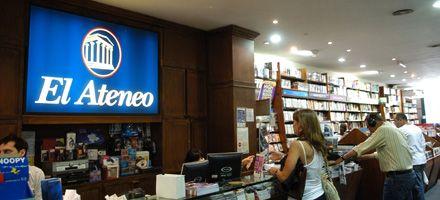 Asaltaron una librería en peatonal Córdoba y se llevaron $ 18 mil