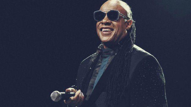 "Stevie Wonder contó que había sido ""bendecido"" con un riñón"