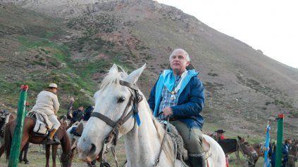 El ex gobernador Miguel Lifschitz durante el cruce de Los Andes.