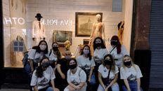 Los estudiantes de la Carrera de Turismo participaron como voluntarios durante los recorridos de la muestra Ciudad Candia que el Museo de la Ciudad organizó durante 2021.