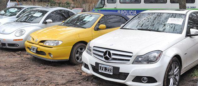 """""""La banda de los rosarinos"""" está acusada de robar autos de alta gama en Buenos Aires y trasladarlos a Rosario para desguazarlos"""