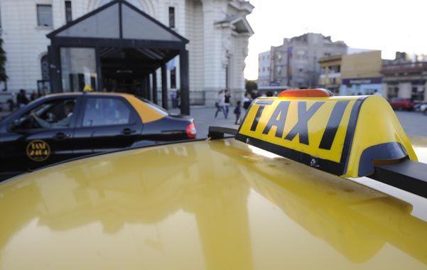Malestar. Los taxistas se quejan del impacto de la inflación en los insumos necesarios para garantizar el servicio. (Foto: H. Río)