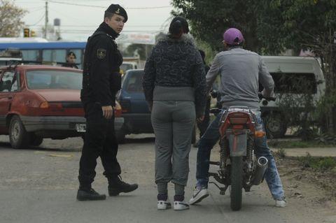 Las crónicas policiales hablan de muertes producidas por el histórico enfrentamiento entre bandas que disputan el territorio. (Foto archivo: C.M.Lovera)