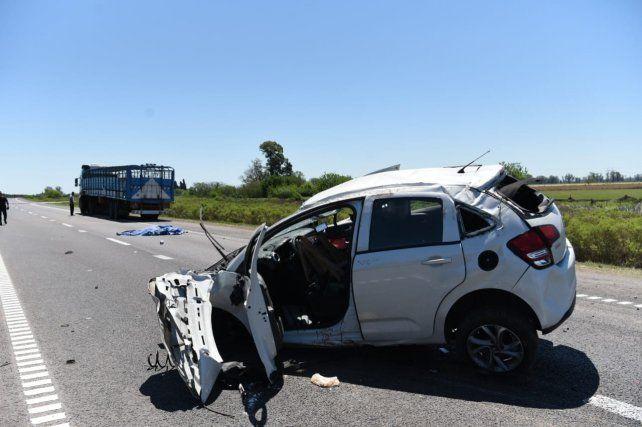 Siniestro fatal en la autopista a Santa Fe: murió una mujer y hay varios heridos