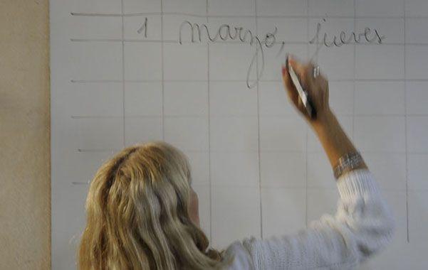 Los docentes también se quejan de que dan clases en cursos de hasta 35 alumnos.