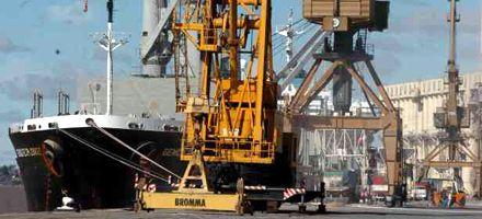 Pedirán un crédito de 25 millones de dólares para trasladar el puerto de Santa Fe