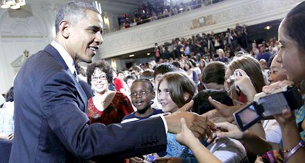 Obama comienza la segunda parte de su gobierno con viento a favor