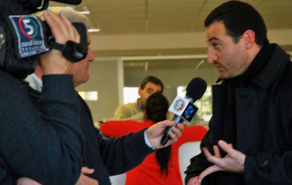 El edil kirchnerista criticó con dureza a la intendenta Mónica Fein haber pedido