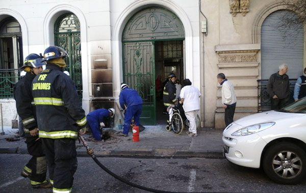 El escape de gas se produjo en España 264 y por fortuna no hubo heridos. (Foto: Marcelo Bustamante)