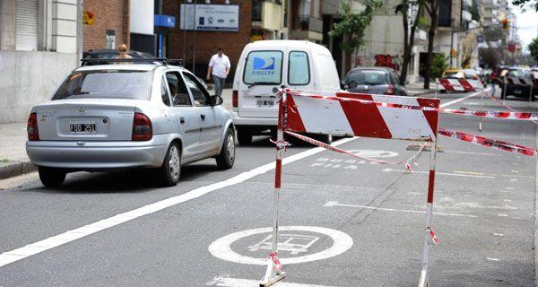 Comerciantes impulsan la suspensión de los carriles exclusivos para el transporte urbano