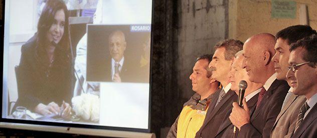Conectados. Cristina de Kirchner interactuó desde la Casa Rosada con Antonio Bonfatti.