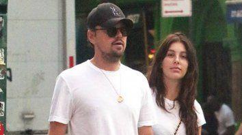 Amor argentino. Di Caprio está en pareja con la modelo de Argentina Camila Monrrone.
