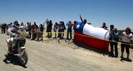 La quinta etapa del rally Dakar se inició con los punteros Maffei y Coma