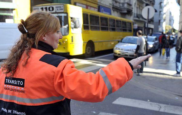 El cambio. Los 250 inspectores que fiscalizan las calles rosarinas a diario recibirán los nuevos equipos con criterio rotativo. (foto: Angel Amaya)