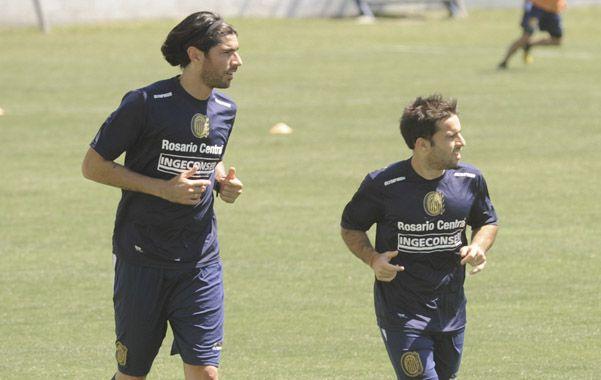 Abreu y Niell no entrenaron con sus compañeros por problemas físicos y no estarían ante Vélez. Jugarían Luna y Acuña.