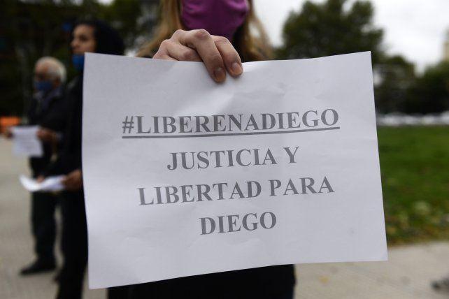 Vecinos y allegados a Diego se manifestaron en reclamo de su libertad.